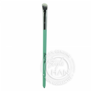 BrushToo - Angled Eyebrow Brush